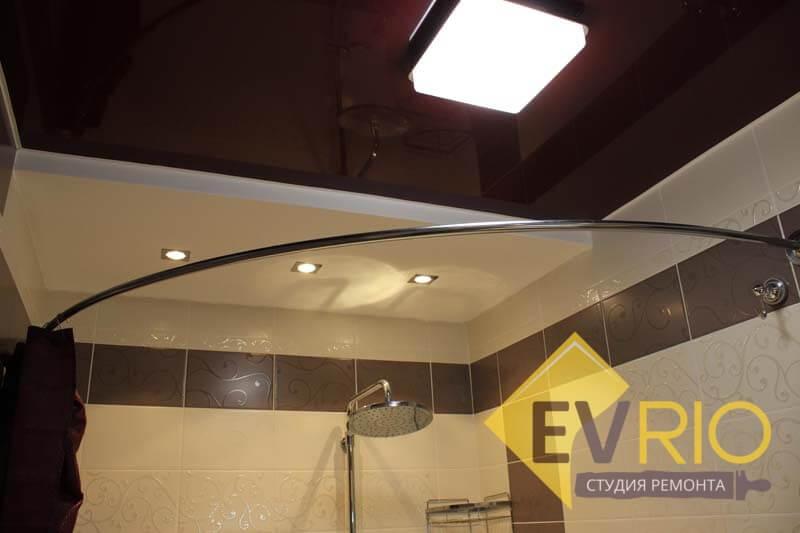 Монтаж подвесных потолков и освещения в ванной комнате